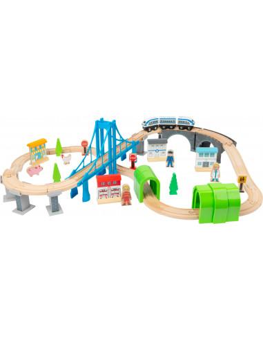 Dřevěná vláčkodráha s mosty