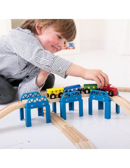 Dřevěné koleje set mostní konstrukce